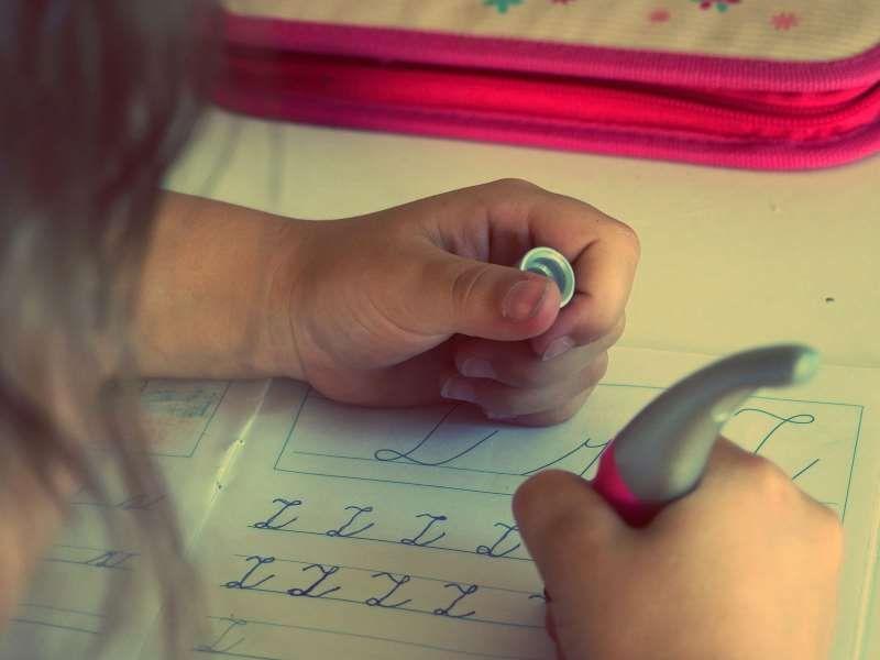 Izveštavanje o deci i inkluzivnom obrazovanju višestruki je izazov za novinare