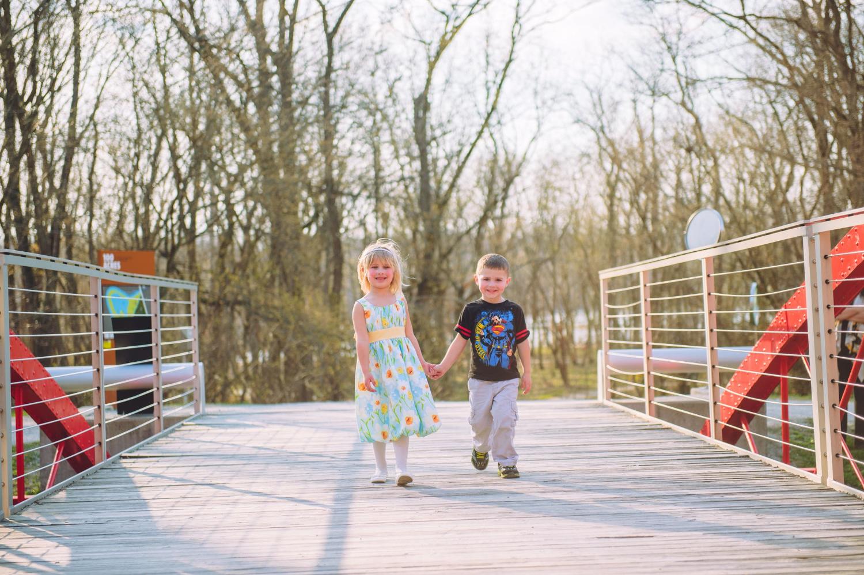 Različite perspektive o ranom detinjstvu: teorija, istraživanje i politika